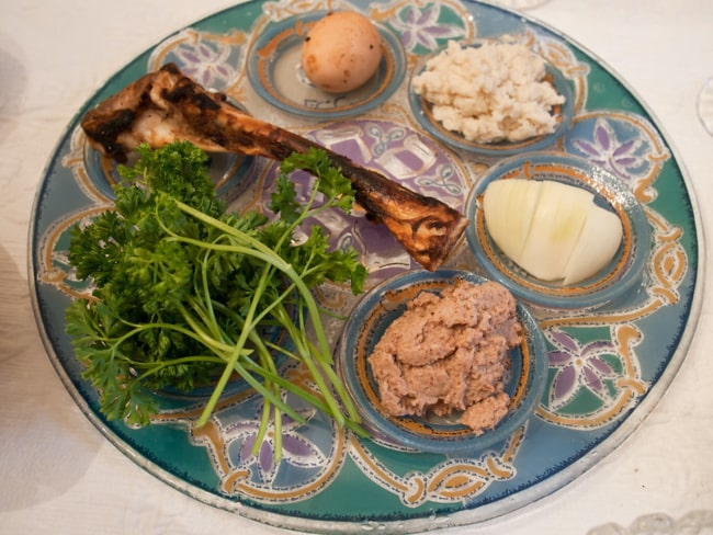 Passover Seder meal. Photo by Edsel Little.